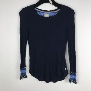 Lucky Brand blue thermal style top size Small